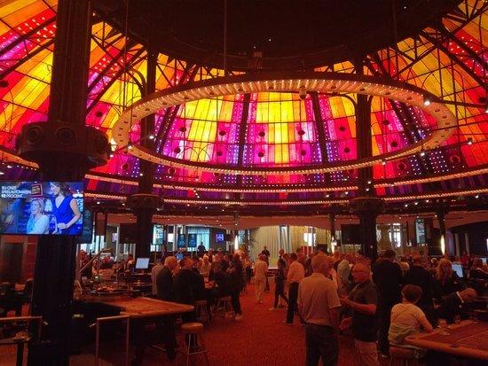 Privatisering Holland Casino voorlopig uitgesteld.
